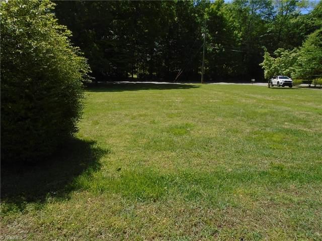 000 Crescent Drive, Reidsville, NC 27320 (#1033554) :: Mossy Oak Properties Land and Luxury