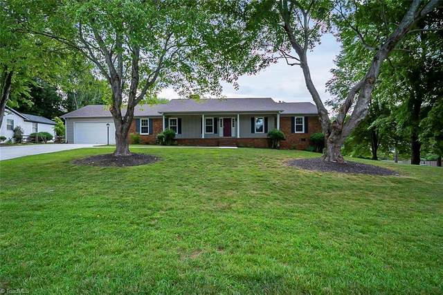 1100 Wakefield Drive, Greensboro, NC 27410 (MLS #1034037) :: Hillcrest Realty Group
