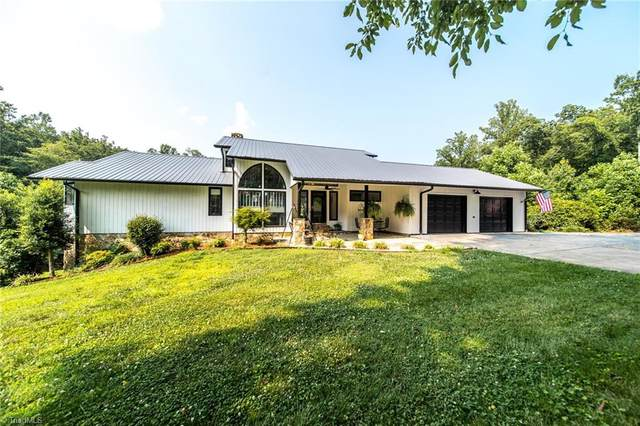 1913 Old Stage Road, Yadkinville, NC 27055 (MLS #1034155) :: Berkshire Hathaway HomeServices Carolinas Realty