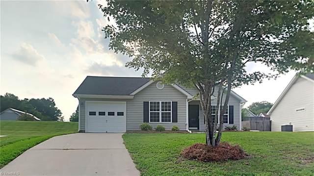 4410 Bear Ridge Court, Greensboro, NC 27406 (MLS #1034834) :: Witherspoon Realty