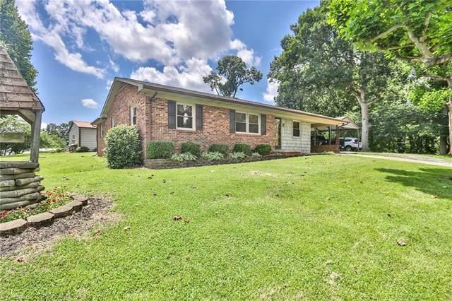 1220 Bowen Road, Yadkinville, NC 27055 (MLS #1034972) :: Berkshire Hathaway HomeServices Carolinas Realty