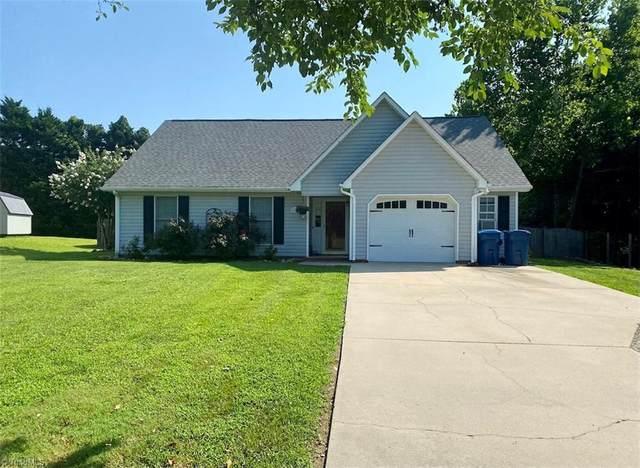 171 Elmwood Street, Mocksville, NC 27028 (MLS #1035173) :: Berkshire Hathaway HomeServices Carolinas Realty