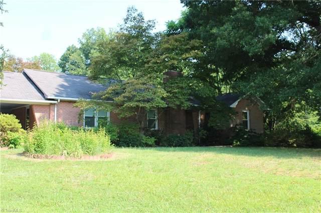 2344 Longtown Road, Boonville, NC 27011 (MLS #1036334) :: Berkshire Hathaway HomeServices Carolinas Realty