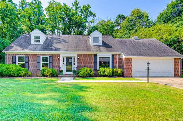 726 W Ridge Road, Pilot Mountain, NC 27041 (MLS #1036625) :: Witherspoon Realty