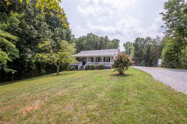 8282 E Us Highway 64, Thomasville, NC 27360 (MLS #1036838) :: Hillcrest Realty Group