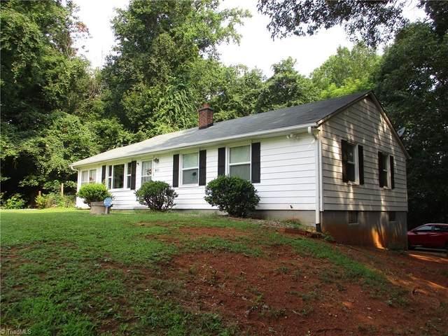 4433 Bryn Mawr Lane, Winston Salem, NC 27103 (MLS #1036981) :: Hillcrest Realty Group