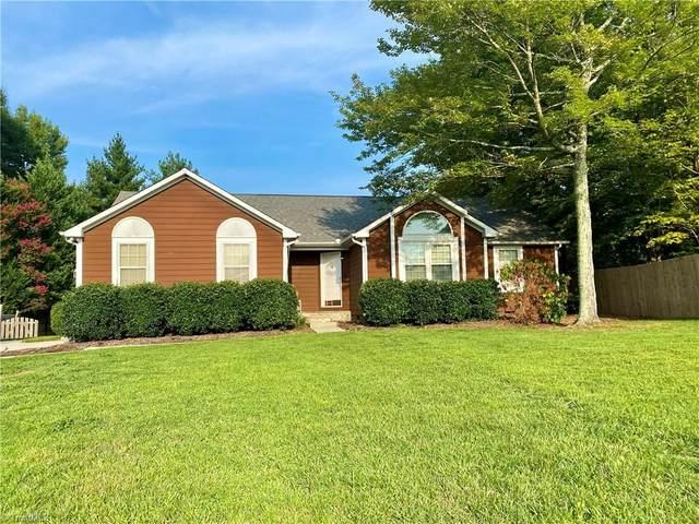 2804 Overview Terrace, High Point, NC 27265 (MLS #1037316) :: Ward & Ward Properties, LLC