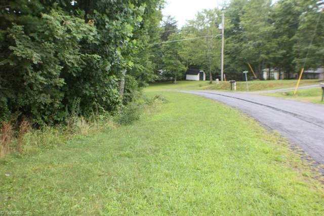 24 Wandering Walk Road, Mount Airy, NC 27024 (MLS #1038232) :: Berkshire Hathaway HomeServices Carolinas Realty