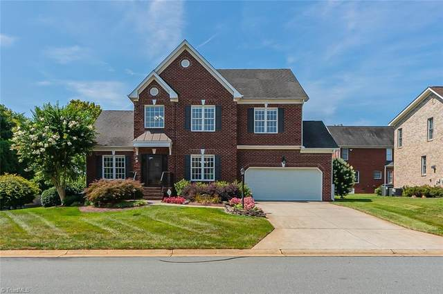 2006 Greenbrier Lane, Clemmons, NC 27012 (MLS #1038527) :: Ward & Ward Properties, LLC