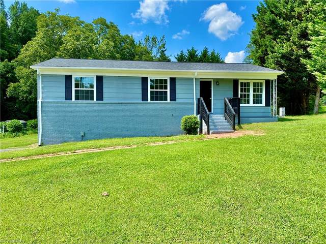 1006 Sumner Court, Thomasville, NC 27360 (MLS #1038567) :: Ward & Ward Properties, LLC