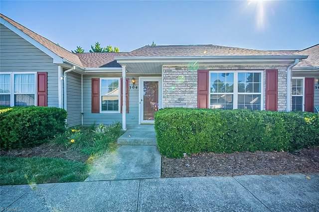 304 Chestnut Chase Trail, Kernersville, NC 27284 (MLS #1041291) :: Ward & Ward Properties, LLC