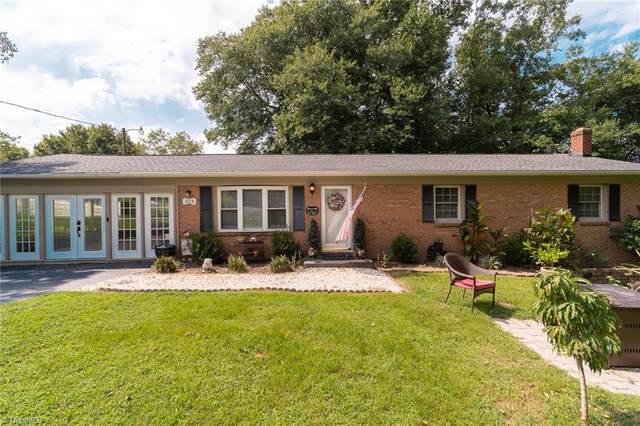 213 West Drive, Thomasville, NC 27360 (MLS #1041695) :: Ward & Ward Properties, LLC
