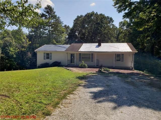 6996 Clifton Wood Drive, Walkertown, NC 27051 (MLS #1041793) :: Berkshire Hathaway HomeServices Carolinas Realty