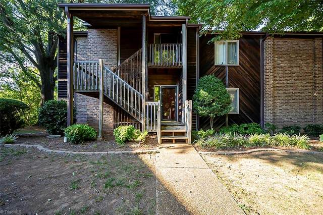 5357 Larch Court, Winston Salem, NC 27104 (MLS #1042032) :: Hillcrest Realty Group