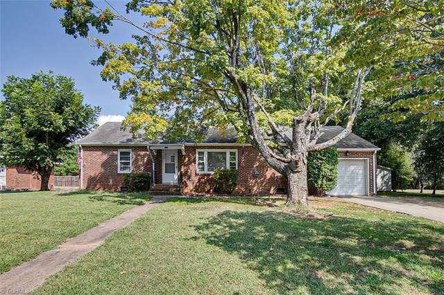 345 E Starmount Avenue, Liberty, NC 27298 (MLS #1042252) :: Berkshire Hathaway HomeServices Carolinas Realty