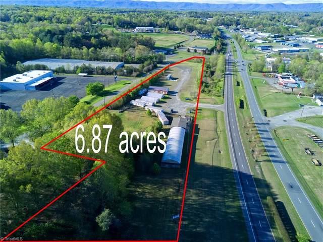 811 Fowler Road, Mount Airy, NC 27030 (MLS #1042593) :: Berkshire Hathaway HomeServices Carolinas Realty