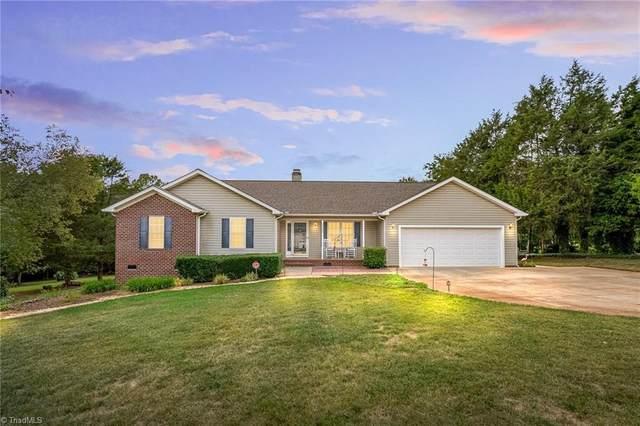 7703 Sorrel Run Court, Summerfield, NC 27358 (MLS #1042676) :: Berkshire Hathaway HomeServices Carolinas Realty
