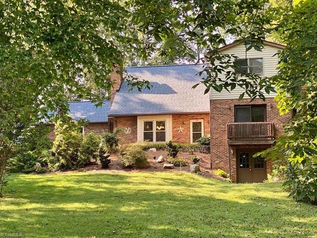174 Fairfax Drive, Pinnacle, NC 27043 (MLS #1042878) :: Berkshire Hathaway HomeServices Carolinas Realty