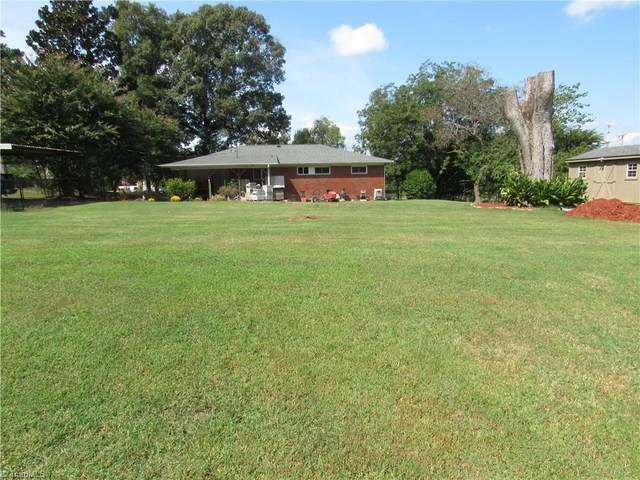 125 Claude Holden Drive, Randleman, NC 27317 (MLS #1042880) :: Berkshire Hathaway HomeServices Carolinas Realty
