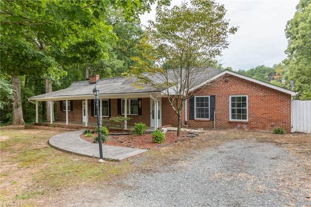 4995 Tobaccoville Road, Tobaccoville, NC 27050 (MLS #1042935) :: Witherspoon Realty