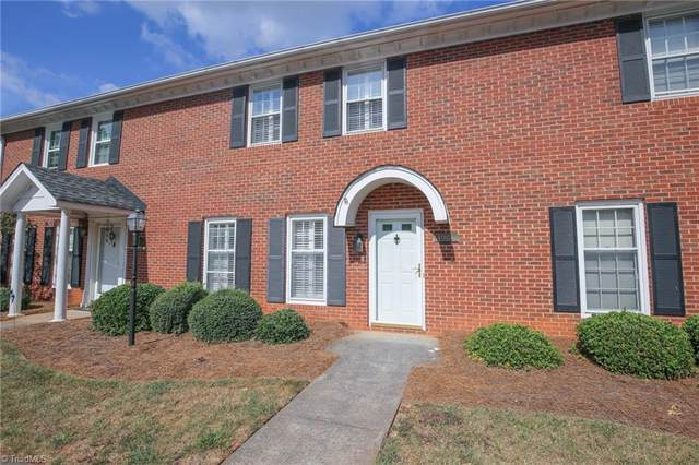 4986 Chrisfield Lane, Winston Salem, NC 27104 (MLS #1042997) :: Witherspoon Realty