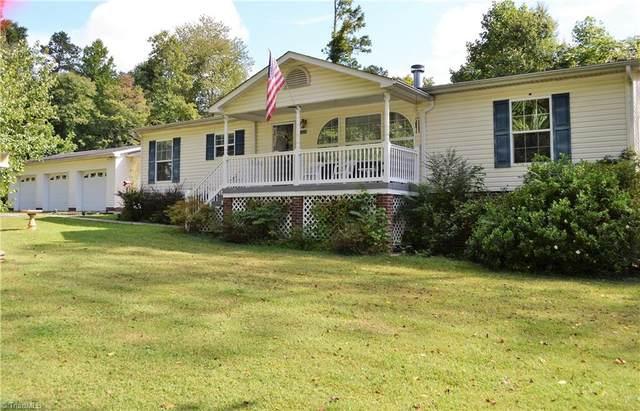 5329 Shattalon Drive, Winston Salem, NC 27106 (MLS #1043005) :: Berkshire Hathaway HomeServices Carolinas Realty