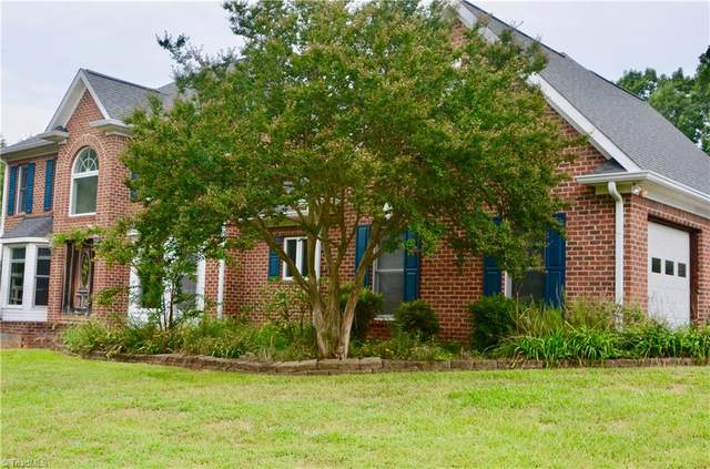 1025 Old Chimney Lane, King, NC 27021 (#1043053) :: Mossy Oak Properties Land and Luxury