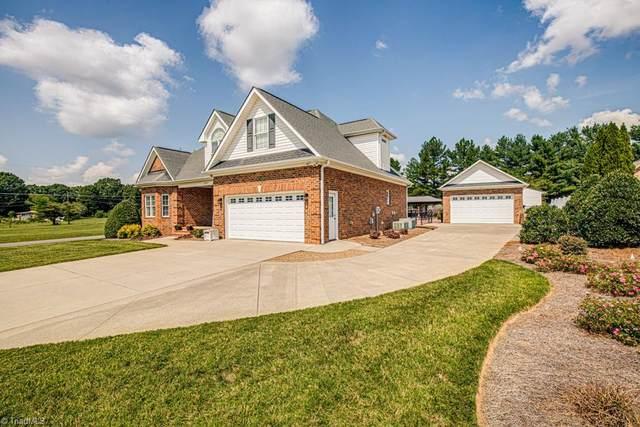 111 Carries Cove Lane, Lexington, NC 27295 (#1043080) :: Mossy Oak Properties Land and Luxury