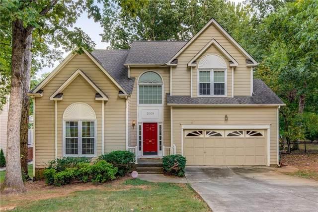 2009 Warwickshire Drive, Greensboro, NC 27455 (MLS #1043244) :: Berkshire Hathaway HomeServices Carolinas Realty