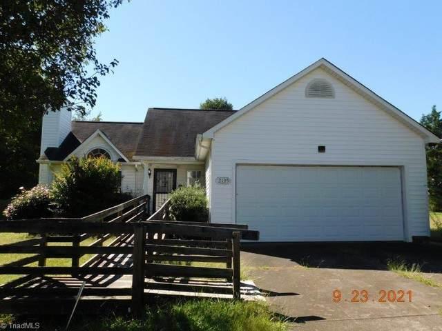 2195 Mary Dee Lane, Winston Salem, NC 27127 (MLS #1043602) :: Berkshire Hathaway HomeServices Carolinas Realty