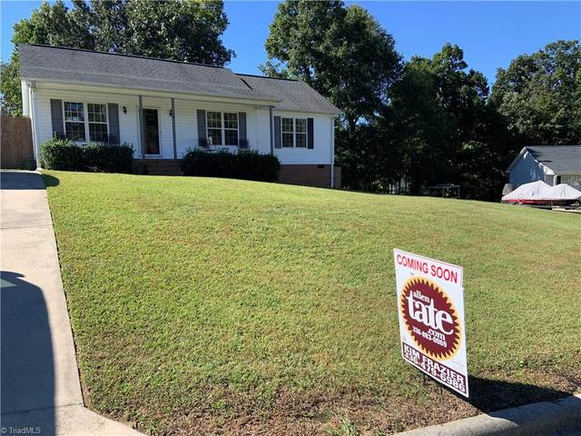 19 Stoney Point Court, Thomasville, NC 27360 (MLS #1043874) :: Hillcrest Realty Group