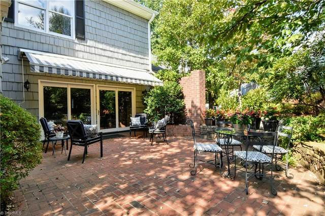 1257 Kent Place Lane, Winston Salem, NC 27104 (MLS #1044293) :: Witherspoon Realty