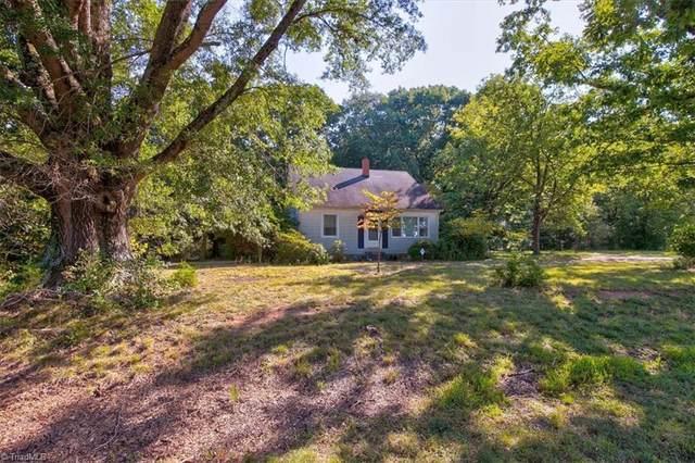 7620 Deboe Road, Summerfield, NC 27358 (MLS #1044360) :: Berkshire Hathaway HomeServices Carolinas Realty