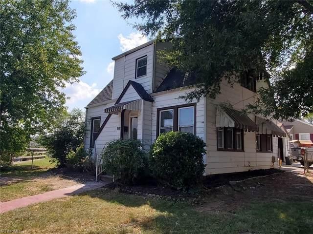 2384 Okalina Avenue, Winston Salem, NC 27105 (#1044698) :: Rachel Kendall Team