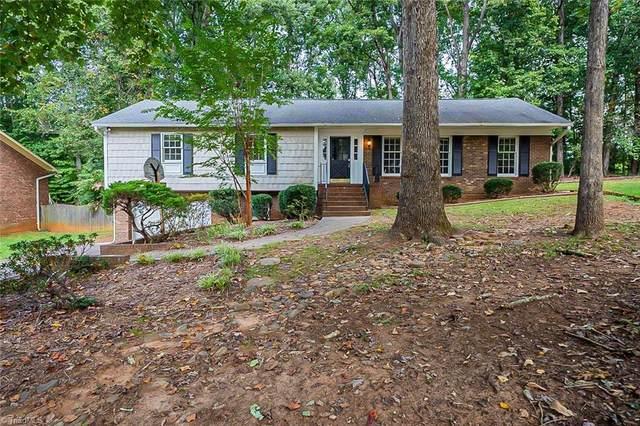 2151 Foxhunter Court, Winston Salem, NC 27106 (MLS #1044922) :: Berkshire Hathaway HomeServices Carolinas Realty