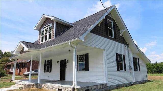231 Main Street, Boonville, NC 27011 (MLS #1045470) :: Witherspoon Realty