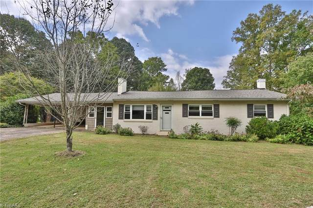 2816 Vanhoy Road, Yadkinville, NC 27055 (MLS #1045876) :: Witherspoon Realty