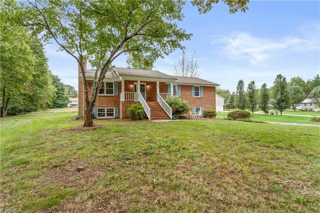 6002 Hunters Ridge Court, Lexington, NC 27295 (#1045995) :: Mossy Oak Properties Land and Luxury