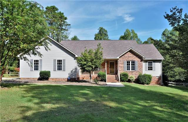 2060 Charles Place, Pleasant Garden, NC 27313 (MLS #1046300) :: Witherspoon Realty