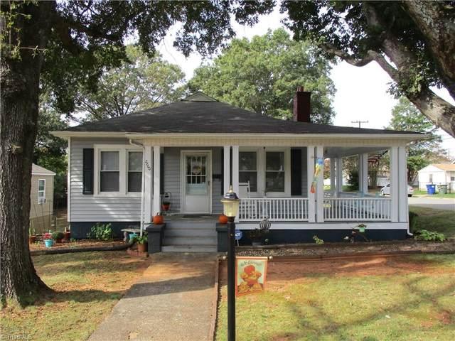 2800 Patria Street, Winston Salem, NC 27127 (MLS #1046414) :: Lewis & Clark, Realtors®