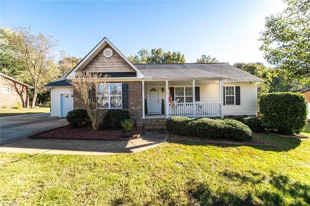 180 Cliffwood Drive, Kernersville, NC 27284 (#1046851) :: Premier Realty NC
