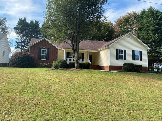 6210 Armsburg Road, Clemmons, NC 27012 (#1047317) :: Premier Realty NC