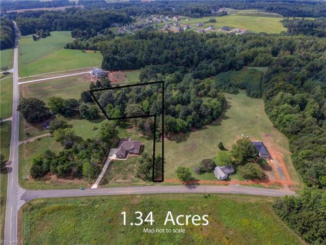 8505 Richardsonwood Road, Browns Summit, NC 27214 (MLS #810606) :: Kristi Idol with RE/MAX Preferred Properties