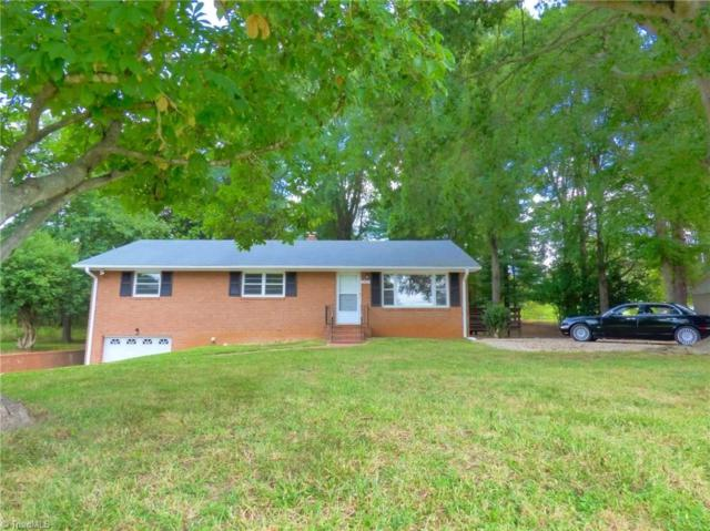 2469 Clemmonsville Road, Winston Salem, NC 27127 (MLS #845465) :: Banner Real Estate