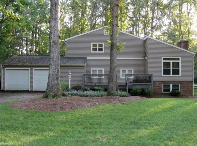 1504 Chimney Rock Drive, Kernersville, NC 27284 (MLS #846196) :: Kristi Idol with RE/MAX Preferred Properties
