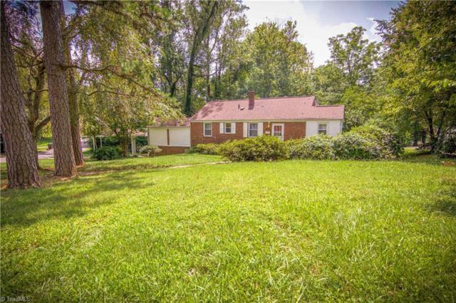 2442 Cherokee Lane, Winston Salem, NC 27103 (MLS #846419) :: Banner Real Estate