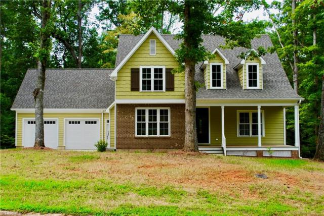 242 N Carolina Circle, Mocksville, NC 27028 (MLS #846420) :: Kristi Idol with RE/MAX Preferred Properties