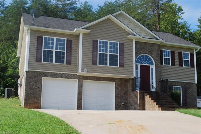 105 Eli Avenue, Mocksville, NC 27028 (MLS #846601) :: Kristi Idol with RE/MAX Preferred Properties