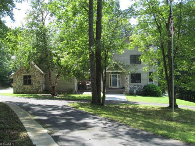 1050 Rocky Creek Lane, Pinnacle, NC 27043 (MLS #846662) :: Kristi Idol with RE/MAX Preferred Properties