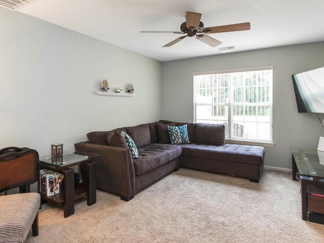 6403 Bellcross Trail, Whitsett, NC 27377 (MLS #846945) :: Banner Real Estate